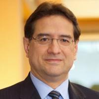 Dr. Walter Suarez